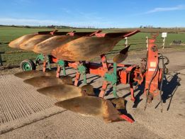 LD 85 4 + 1 Reversible Plough